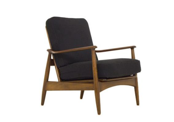 A PAIR OF 1950s DANISH OAK RECLINING CHAIRS