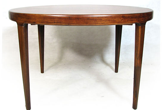 Extendable Rosewood Dining Table 2