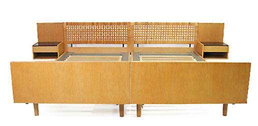Hans Wegner Oak Bed Ge-107