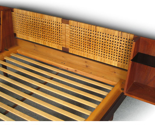 Wegner Teak - Cane Bed Ge-107